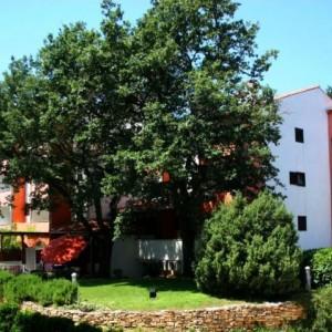 Rona Volta apartments