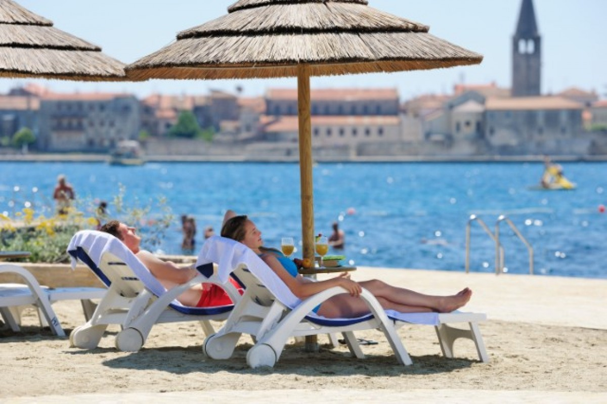 Borik Beach Beaches In Porec Porec Istra Istria Official Tourism Portal