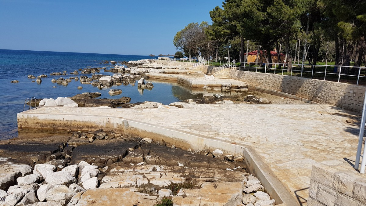 Public Beach Beneath The Valamar Zagreb Hotel Beaches In Porec Porec Istra Istria Official Tourism Portal