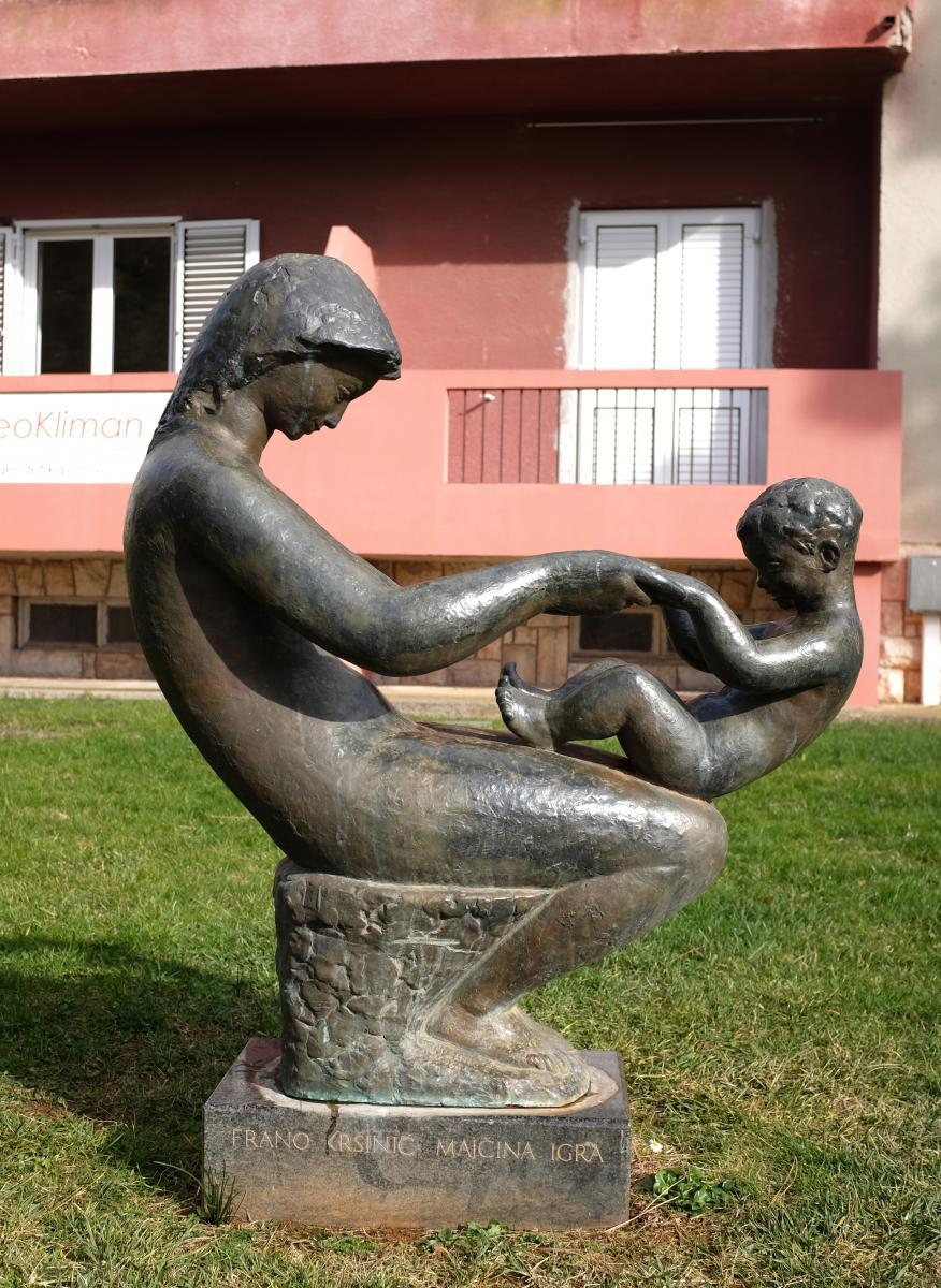 Porecke Skulpture Porecke Skulpture Porec Istra Sluzbeni