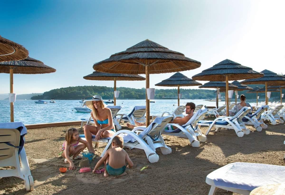 Sandy Beach Beaches In Poreč Porec Istra Istria