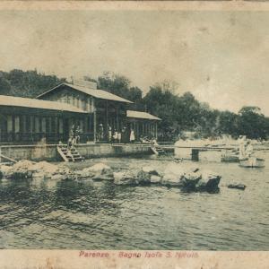 The first Poreč sea bath