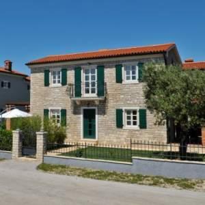 Villa Nika (Croatian)