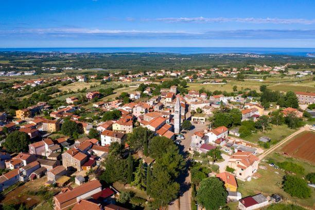 Kaštelir - Labinci (Castellier - S.Domenica)