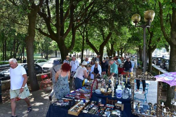 Antique, Artifact and Art Fair