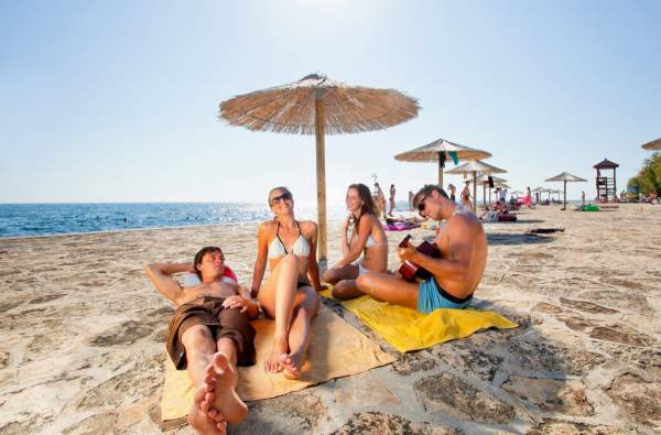 Hotel Laguna Materada Beach